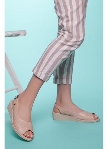 Muggo Sandalet Krem